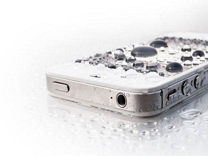 water-iPhone_full560x366_thumb500x327