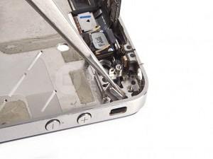 zamena-knopki-mute-v-iPhone-4