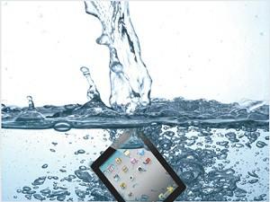 Упал в воду iPad (Айпад)