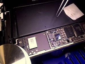 Замена микросхемы USB U2 iPad (Айпад) в Москве