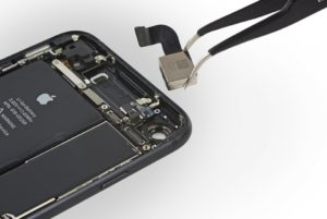 Ремонт задней камеры iPhone 7 Plus