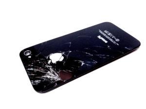 Треснула задняя крышка iPhone