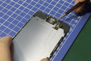 Замена микросхемы тачскрина iPhone 7