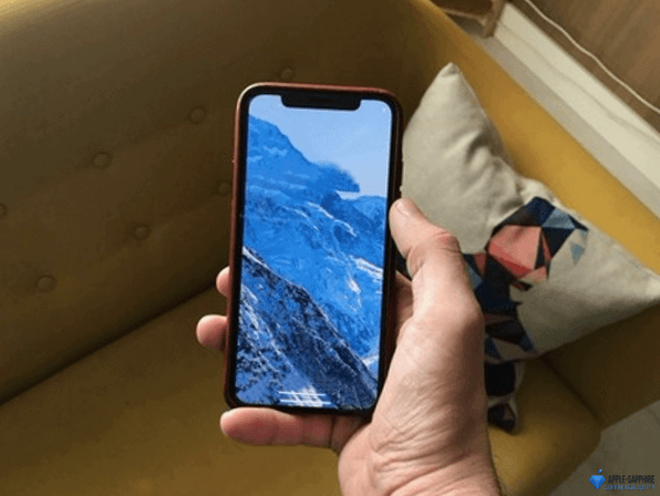 Не работает часть экрана iPhone XR
