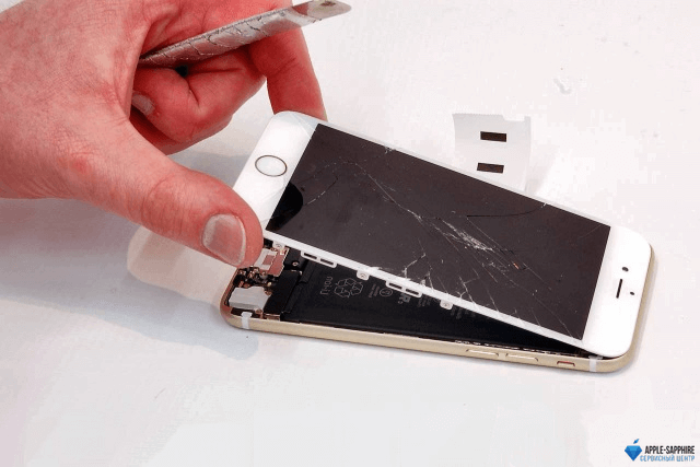 Замена дисплея (экрана) Айфон 8