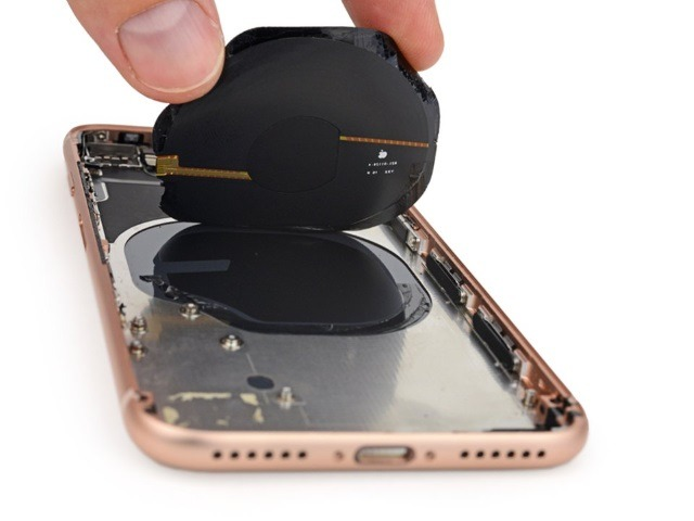 Замена заднего стекла iPhone XS