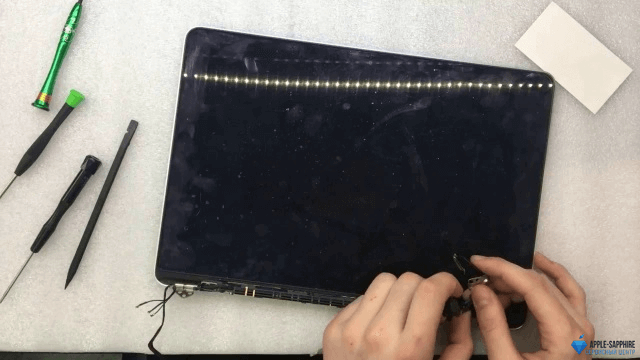 Замена матрицы/дисплея MacBook