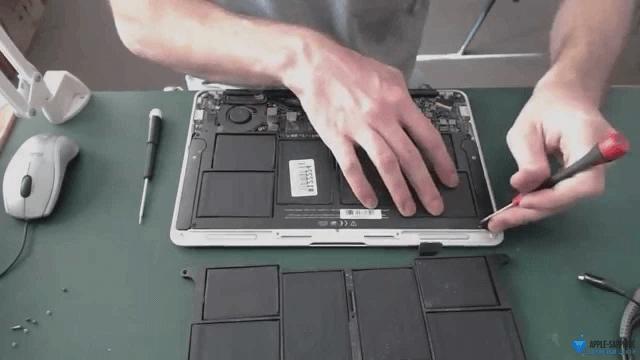 Замена батареи MacBook
