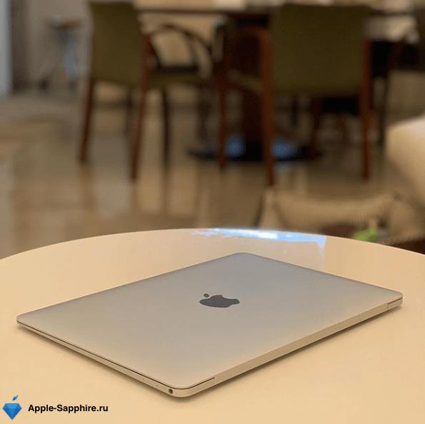 Треснул экран на Macbook