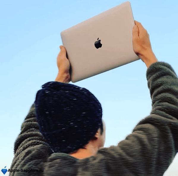 Полосы на экране MacBook Pro