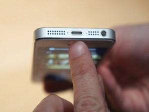 iPhone-5-lightning-2