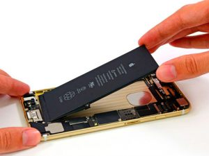 Замена аккумулятора (батареи) iPhone (Айфон) в Москве